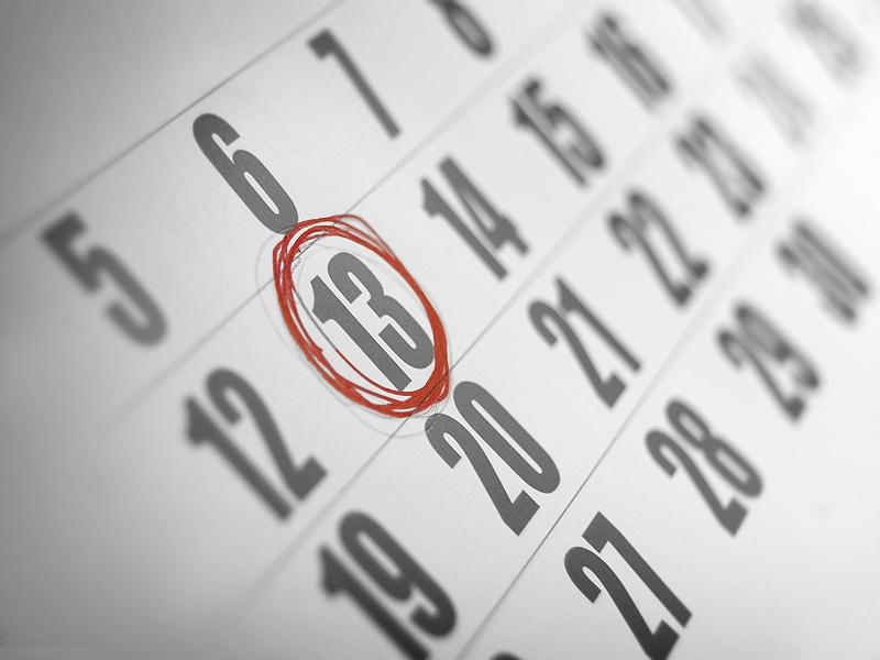 Le mythe du vendredi 13 et ses superstitions dans la for Chiffre treize